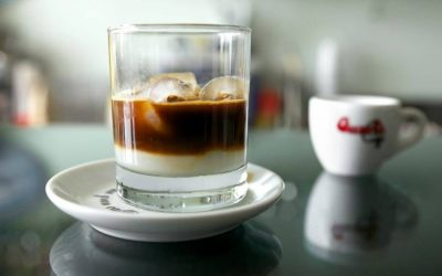 All about the tradition of mixing coffee and ice in Italy and the rest of the world