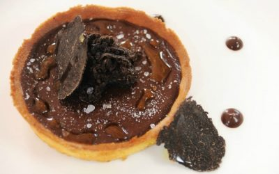 Recipes from great chefs. Davide Palluda's chocolate tart with black truffle and olive oil