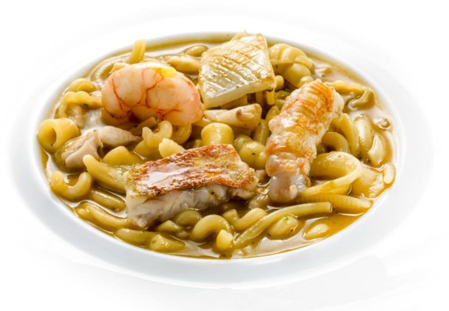 Minestra di pasta mista con crostacei e piccoli pesci di scoglio - Gennaro Esposito