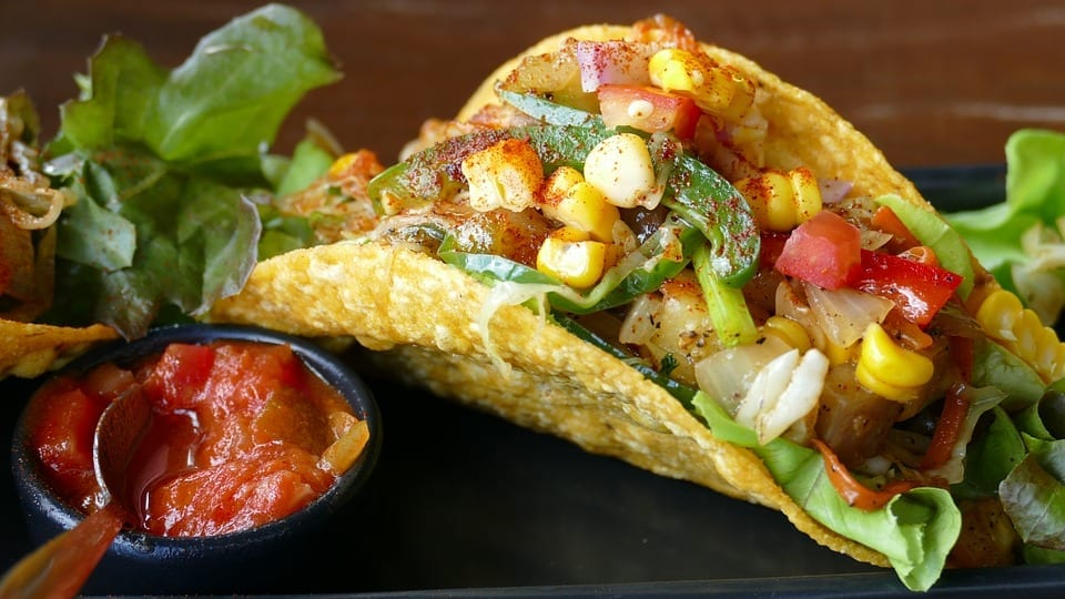 Tacos with lettuce and sweetcorn