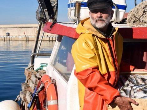 Ri-Pescato. Sicilian fish, from the illegal market to the table of families in need