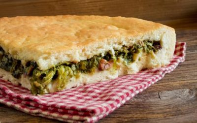 Find out more about pizza di scarole