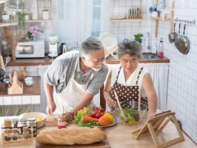Impastiamo. An online cooking lessons project for charity