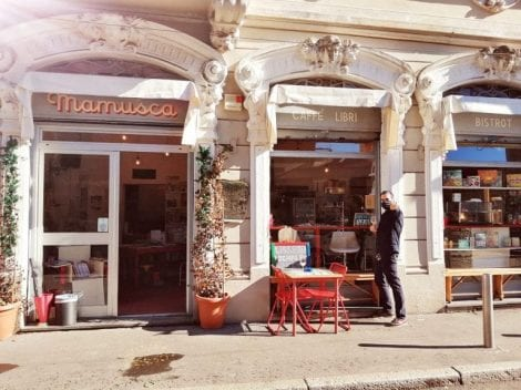 Find out more about family bars in Italy