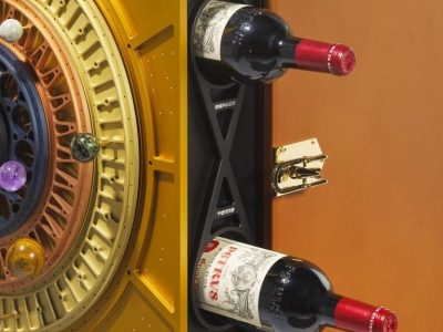 Find out more about wine in space